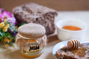 aranzowane-zdjęcia-zywności- i-produktów